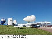 Купить «Международный авиационно-космический салон МАКС-2013. ВМ-Т «Атлант» (он же 3М-Т, «3М, транспортный») — тяжёлый транспортный самолёт ОКБ Мясищева», фото № 5539275, снято 26 августа 2013 г. (c) Игорь Долгов / Фотобанк Лори