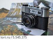 Купить «Фотоаппарат ФЭД-5», фото № 5545375, снято 2 февраля 2014 г. (c) александр афанасьев / Фотобанк Лори