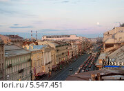 Закат над городом (2013 год). Редакционное фото, фотограф Юля С. / Фотобанк Лори