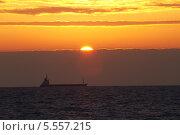 Закат на Черном море. Стоковое фото, фотограф Сергей Кривогузов / Фотобанк Лори