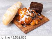 Хлебная выпечка. Стоковое фото, фотограф Денис Афонин / Фотобанк Лори