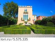 Купить «Итальянская архитектура в Бардолино», фото № 5575335, снято 11 сентября 2011 г. (c) Наталия Македа / Фотобанк Лори