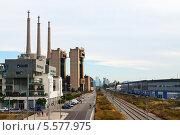 Купить «Трубы тепловой электростанции в Барселоне, Испания», фото № 5577975, снято 13 июня 2013 г. (c) Яков Филимонов / Фотобанк Лори