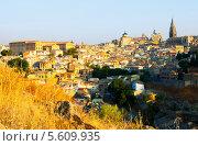 Купить «Вид на город Толедо, Испания», фото № 5609935, снято 23 августа 2013 г. (c) Яков Филимонов / Фотобанк Лори