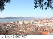 Вид на Лиссабон из замка Святого Георгия (2013 год). Стоковое фото, фотограф Дмитрий Булатов / Фотобанк Лори