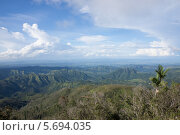 Горный пейзаж в Сантьяго де Куба (2013 год). Стоковое фото, фотограф Дмитрий Емушинцев / Фотобанк Лори