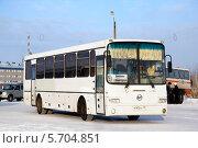 Купить «Автобус ГолАЗ-ЛиАЗ-5256», фото № 5704851, снято 9 февраля 2013 г. (c) Art Konovalov / Фотобанк Лори