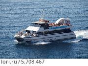 Прогулочный корабль в море. Стоковое фото, фотограф Олег Прокофьев / Фотобанк Лори