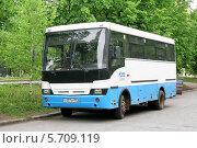 Купить «Автобус НефАЗ-3299», фото № 5709119, снято 28 мая 2008 г. (c) Art Konovalov / Фотобанк Лори