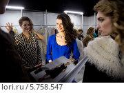 Купить «Бэкстейдж дизайнера Лизы Романюк и моделей в новой коллекции в рамках недели моды в Москве в Гостином дворе», фото № 5758547, снято 30 марта 2014 г. (c) Николай Винокуров / Фотобанк Лори