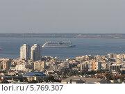 Круизный морской лайнер (2014 год). Редакционное фото, фотограф Валерий Волобоев / Фотобанк Лори
