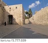 Купить «Израиль, Иерусалим. Улица в Старом городе на горе Сион», фото № 5777039, снято 9 октября 2012 г. (c) Ирина Борсученко / Фотобанк Лори