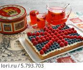 Купить «домашний торт в виде британского флага», фото № 5793703, снято 22 февраля 2019 г. (c) Food And Drink Photos / Фотобанк Лори