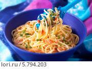 Купить «паста лингвини с красным перцем», фото № 5794203, снято 22 февраля 2019 г. (c) Food And Drink Photos / Фотобанк Лори