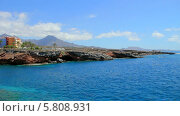 Купить «Вид на район Плая Параизо (Playa Paraiso) на острове Тенерифе», видеоролик № 5808931, снято 12 сентября 2013 г. (c) Roman Likhov / Фотобанк Лори