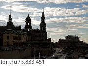 Купить «Силуэты Дрездена», фото № 5833451, снято 17 сентября 2010 г. (c) Солодовникова Елена / Фотобанк Лори