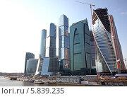 Строящийся Московский международный деловой центр «Москва-Сити» (2014 год). Редакционное фото, фотограф Дмитрий Степанов / Фотобанк Лори