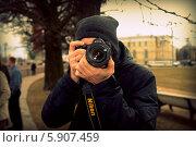 Фотограф на улице (2014 год). Редакционное фото, фотограф Юлия Дроздова / Фотобанк Лори