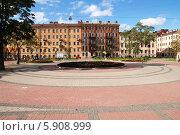 Купить «Площадь Кулибина в Санкт-Петербург», эксклюзивное фото № 5908999, снято 10 сентября 2008 г. (c) Ольга Визави / Фотобанк Лори
