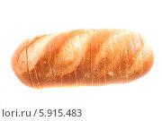 Купить «Батон хлеба, изолированно на белом фоне», фото № 5915483, снято 20 апреля 2014 г. (c) Литвяк Игорь / Фотобанк Лори