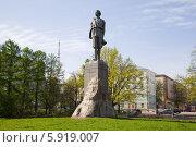 Купить «Памятник Максиму Горькому в Нижнем Новгороде», фото № 5919007, снято 22 октября 2018 г. (c) Igor Lijashkov / Фотобанк Лори