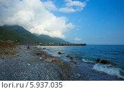 Абхазия, побережье Чёрного моря. Пляж в Старой Гагре. Стоковое фото, фотограф Анна Кудрявцева / Фотобанк Лори