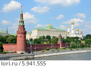 Купить «Московский Кремль», фото № 5941555, снято 24 мая 2014 г. (c) Овчинникова Ирина / Фотобанк Лори