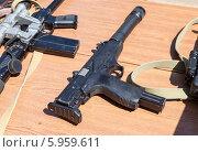 Купить «Российское оружие. Пистолет-пулемёт АЕК-919К «Каштан»», фото № 5959611, снято 27 мая 2019 г. (c) FotograFF / Фотобанк Лори