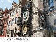 Купить «Знаменитые астрономические часы на Староместской ратуше. Прага. Чехия», фото № 5969659, снято 26 апреля 2014 г. (c) E. O. / Фотобанк Лори