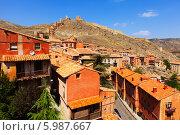 Купить «Альбаррасин, вид с крепостной стены летом, Испания», фото № 5987667, снято 24 августа 2013 г. (c) Яков Филимонов / Фотобанк Лори