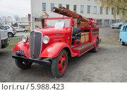 Купить «Старинная пожарная машина в городе Савонлинна. Финляндия», фото № 5988423, снято 10 мая 2014 г. (c) Виктор Карасев / Фотобанк Лори