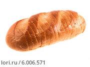 Купить «Батон хлеба, изолированно на белом фоне», фото № 6006571, снято 20 апреля 2014 г. (c) Литвяк Игорь / Фотобанк Лори