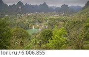 Купить «Каскад водопадов, Китай, таймлапс», видеоролик № 6006855, снято 27 мая 2014 г. (c) Кирилл Трифонов / Фотобанк Лори