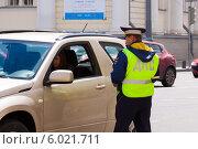 Купить «Проверки на дорогах», фото № 6021711, снято 19 июня 2014 г. (c) Кирпинев Валерий / Фотобанк Лори