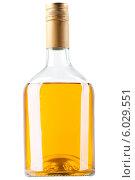 Купить «Packed whiskey bottle», фото № 6029551, снято 17 августа 2018 г. (c) Александр Буц / Фотобанк Лори