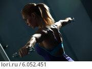 Купить «Shoulder workout», фото № 6052451, снято 20 октября 2012 г. (c) Sergey Nivens / Фотобанк Лори