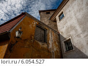 Купить «Двор в Старом городе Таллина», фото № 6054527, снято 25 августа 2012 г. (c) Артём Сапегин / Фотобанк Лори