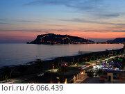 Купить «Турция. Средиземное море, полуостров и город Алания ночью», эксклюзивное фото № 6066439, снято 23 мая 2014 г. (c) Яна Королёва / Фотобанк Лори