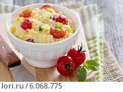 Купить «Сливочный сыр с кукурузой и помидорами», фото № 6068775, снято 12 июня 2014 г. (c) Елена Веселова / Фотобанк Лори