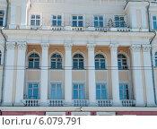 Купить «Фрагмент фасада «Дома со львами». Пермь», фото № 6079791, снято 14 мая 2012 г. (c) Elena Monakhova / Фотобанк Лори