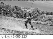 Купить «Вейкборд в Строгино», фото № 6085223, снято 17 мая 2014 г. (c) Катерина Вахе / Фотобанк Лори