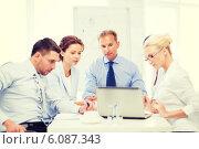 Купить «business team having meeting in office», фото № 6087343, снято 9 июня 2013 г. (c) Syda Productions / Фотобанк Лори