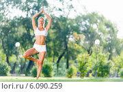 Купить «Yoga practice», фото № 6090259, снято 16 августа 2013 г. (c) Sergey Nivens / Фотобанк Лори