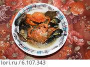 Купить «Крабовый суп с мидиями», фото № 6107343, снято 18 июля 2004 г. (c) Робул Дмитрий / Фотобанк Лори