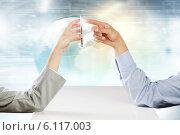 Купить «Using mobile phone», фото № 6117003, снято 31 июля 2013 г. (c) Sergey Nivens / Фотобанк Лори