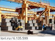 Купить «Склад завода железобетонных изделий», фото № 6135599, снято 17 августа 2013 г. (c) Сергей Буторин / Фотобанк Лори