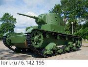 Советский легкий  танк Т-26, выпускавшийся с 1931г (2014 год). Редакционное фото, фотограф Виктор Карасев / Фотобанк Лори