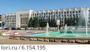 Купить «Площадь Советская, административное здание города Коломны», фото № 6154195, снято 12 июля 2014 г. (c) Макеева Евгения / Фотобанк Лори