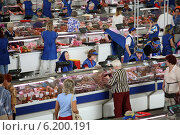 Купить «Minsk, Belarus, in a market hall in Minsk», фото № 6200191, снято 7 августа 2007 г. (c) Caro Photoagency / Фотобанк Лори