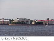 Купить «Здание биржи», фото № 6205035, снято 12 июля 2014 г. (c) Олег Трушечкин / Фотобанк Лори